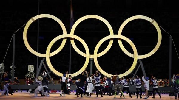 На открытии Олимпиады японцы показали деревянные кольца, сделанные по древним традициям без единого гвоздя